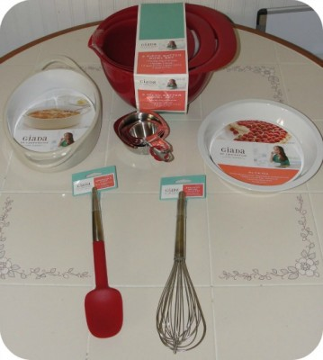 I Was Sent A Selection Of The Giada De Laurentiis For Target Products,  Including A 2 Quart Ceramic Bakewear, Ceramic Pie Pan, Silicone Spatula, ...