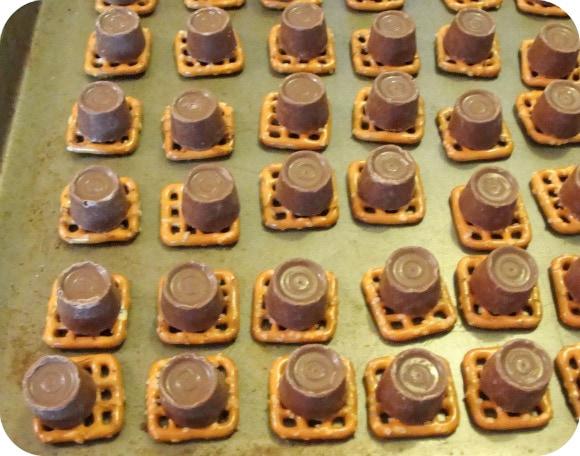chocolate on pretzel squares