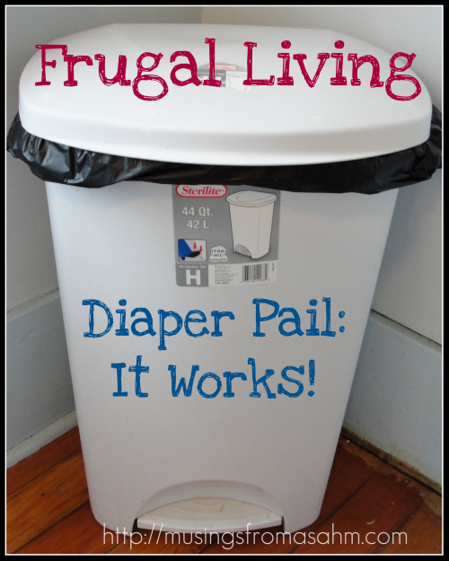Trash can for diapers