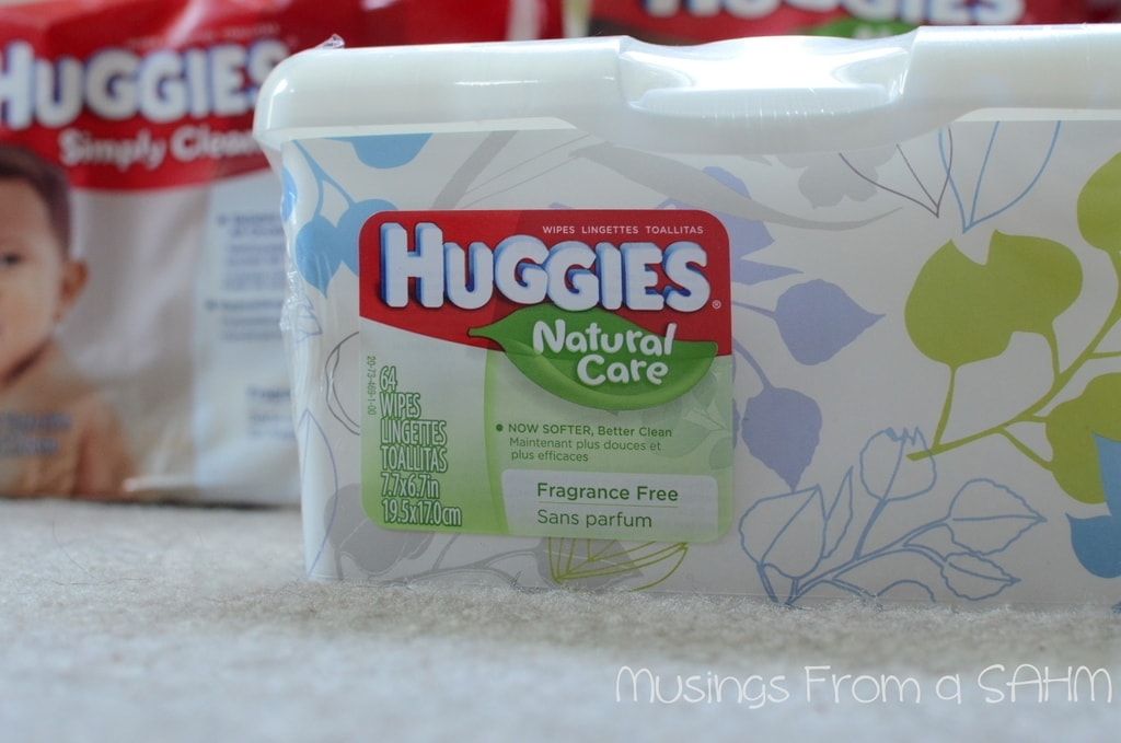 Learn how Huggies® Snug & Dry diapers offer long-lasting leakage protection to keep baby dry throughout the day. Huggies® Snug & Dry Diapers Four Layers absorb moisture quickly for more quality time with baby and offer up to 12 hours of protection.