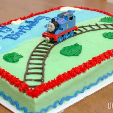 a Thomas the Tank Engine birthday cake