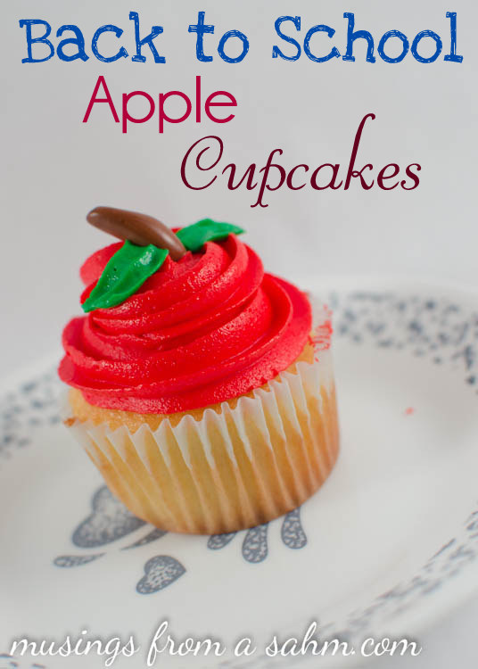 a cupcake  that looks like apples