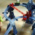 Thomas & Friends Trackmaster Risky Rails Bridge Drop