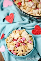 No-Bake Valentine's Day Chex Mix