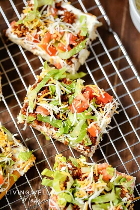 easy homemade taco pizza