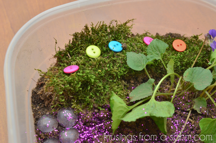 Fairy House Craft - This fun activity is great for your child's imagination as they make their very own house for fairies!