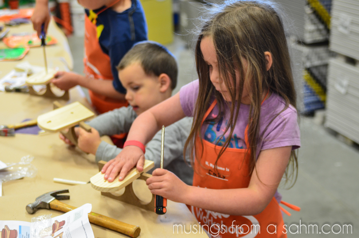 Home Depot Kids Workshop-31-10