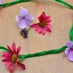 Flower Necklace Craft for Kids