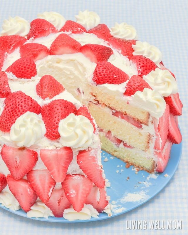 Heavenly Strawberries  n Cream Cake Recipe