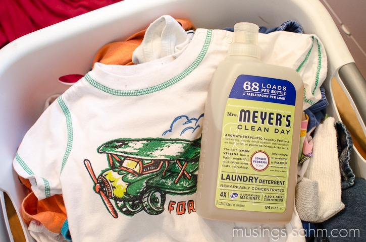 Mrs Meyers Laundry Detergent Clean laundry