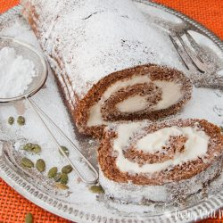 Pumpkin Spice Roll {Step-by-Step Directions}