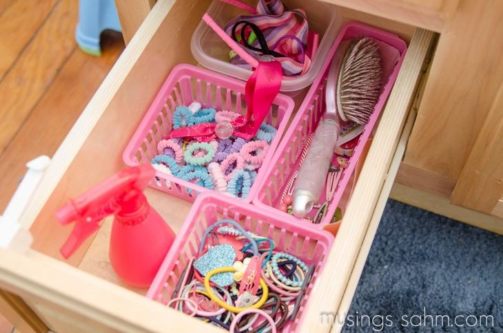 organized girls hair accessories