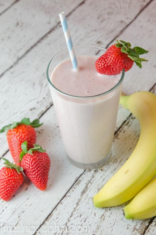 Homemade Strawberry Banana Smoothie Strawberry banana smoothie