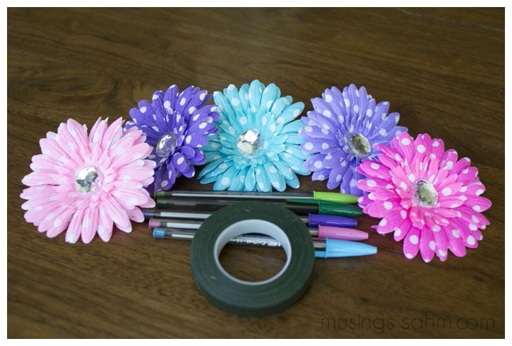 Adorable Diy Flower Pens Musings From A Stay At Home Mom