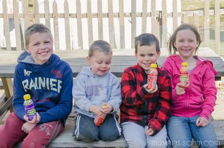 Kids with Mott's Fruit Flavors