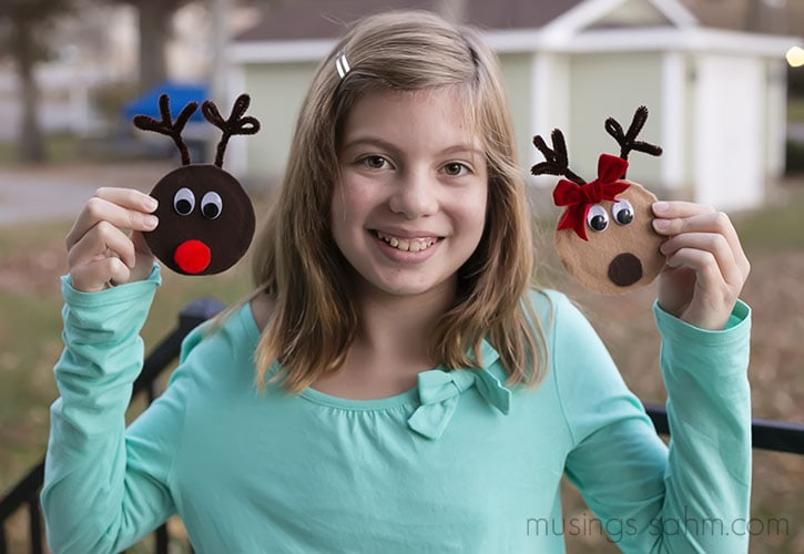 CRudolph and Clarice Reindeer Canning Jar Lid Magnets - a simple, adorable Christmas craft for kids that would also make a great homemade gift