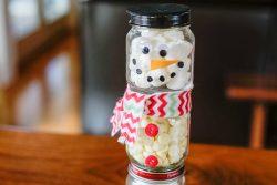DIY Hot Chocolate Snowman