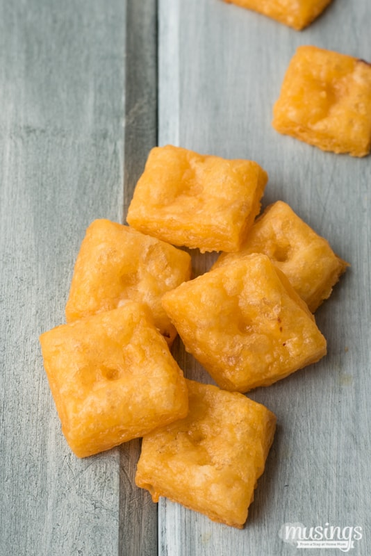 Homemade Cheese Crackers - Living Well Mom