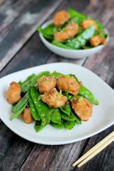 Easy Ginger Chicken and Snow Peas Recipe