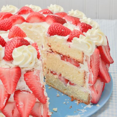 1305_strawberries cream cake_034-2