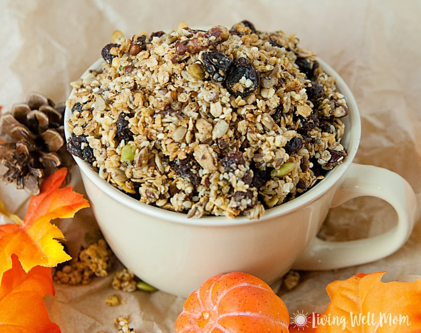 With oats, nuts, dried fruit, maple syrup, pumpkin pie spice, pumpkin, and more, this gluten free Pumpkin Spice Granola is a deliciously filling snack the whole family will love. Plus it takes less than 30 minutes to make!