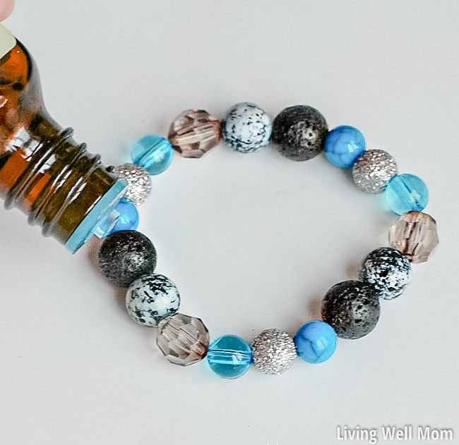 how to make an easy DIY Essential Oil Diffuser Bracelet