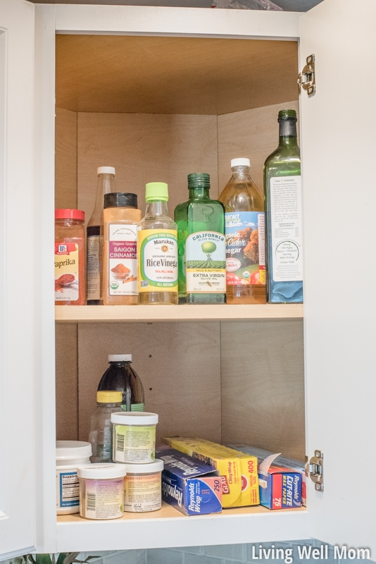 That Tricky Corner Cupboard In Your Kitchen Can Be Tough To Organize!  Hereu0027s A Few