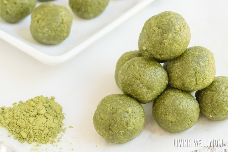 No-Bake Energy Bites out of Matcha Green Tea