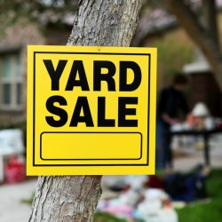 5 Simple Tips for How to Run a Killer Yard Sale
