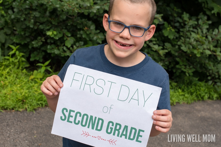 Looking for an easy way to celebrate back to school season? Get photos of your kids holding these fun First Day of School signs! You'll LOVE the results. Grab your FREE PRINTABLE signs here today, with preschool all the way through grade 12!