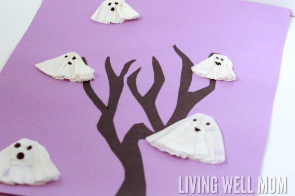 Ghosts in a Tree is an easy Halloween craft for kids. It's simple to make and perfect for Halloween parties, classroom projects, or at-home decoration.