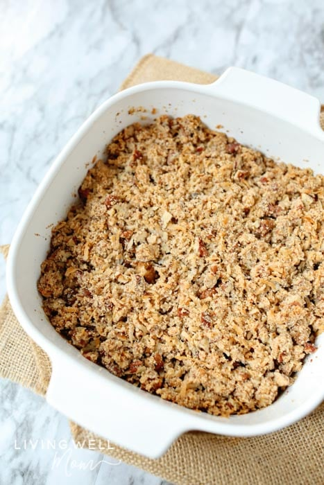 fresh baked healthy paleo apple crisp