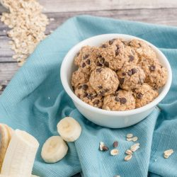 5-Minute Banana Snack Balls