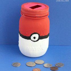 DIY Pokeball Mason Jar Piggy Bank