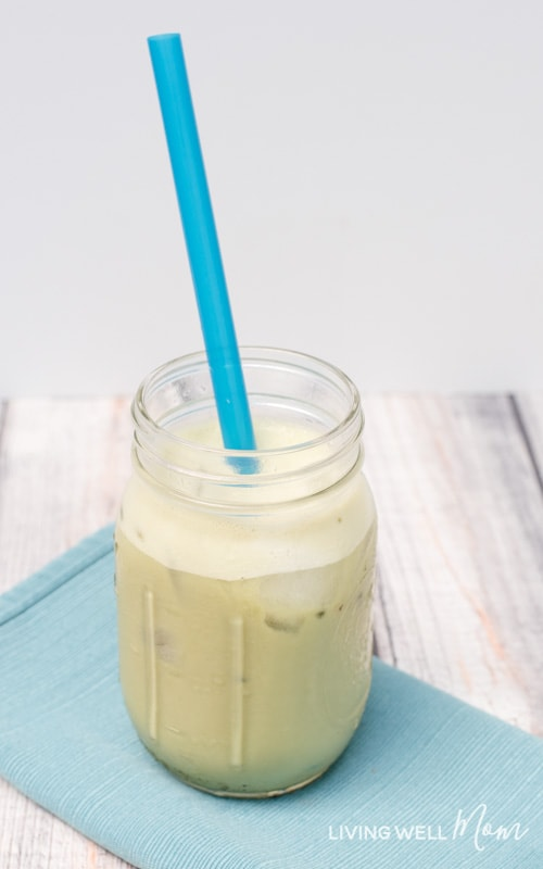 Love Starbucks iced green tea latte, but dislike the price and excess sugar? Try this light and creamy Healthy Copycat Iced Green Tea Latte recipe! With matcha green tea, almond milk, and natural sweetener, this homemade version takes just 2 minutes to whip up and is dairy-free, soy-free, refined sugar-free, and far cheaper!