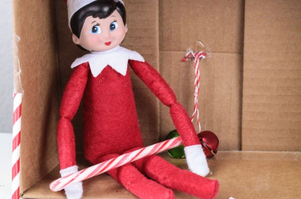 Can you catch your elf in the act? Have your kids build an Elf on the Shelf trap in this fun Christmas STEM activity!