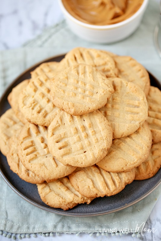 chewy gluten-free peanut butter cookies