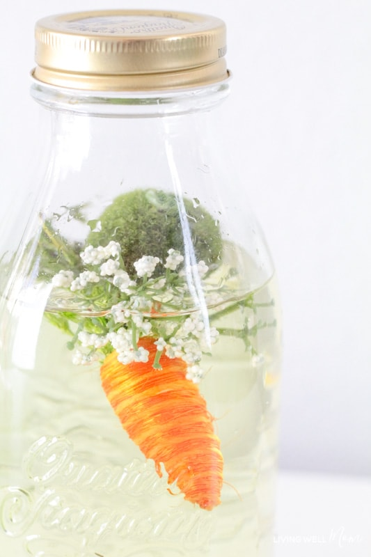 simple diy sensory bottle for spring