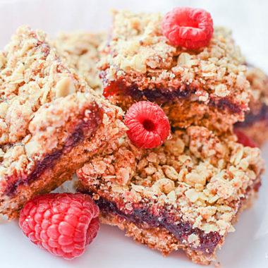 Easy raspberry oatmeal bars recipe - gluten-free with vegan & dairy-free option