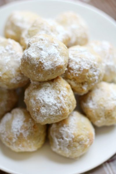 grain-free Italian wedding snowball cookies