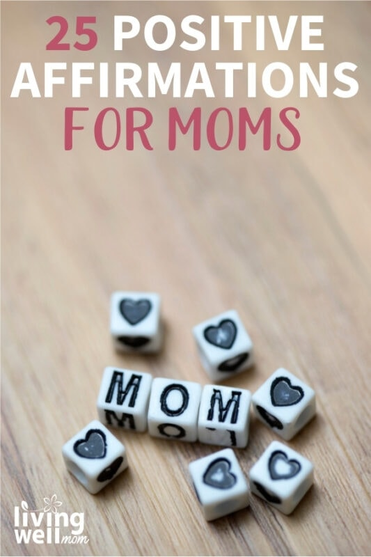 white square bracelet beads spelling out mom and hearts