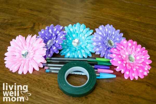 Supplies for DIY flower pens