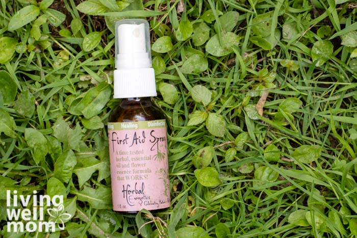 First aid spray as a natural remedy