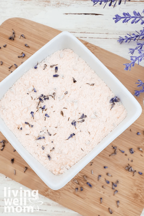 Bath soak filled with essentials oils and real lavender flowers.