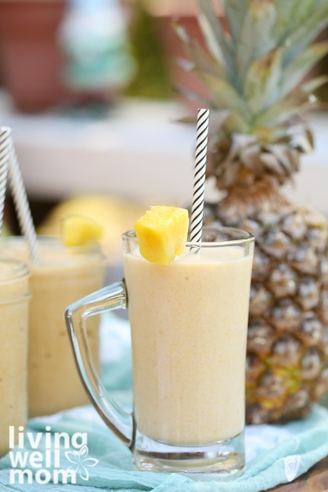 mango pineapple smoothie recipe